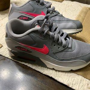 💕GUC Nike air max's